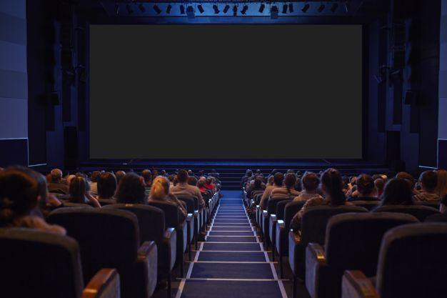 Sanitização para cinemas e teatros: contrate e prepare-se para a reabertura